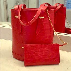 Louis Vuitton Epi bucket PM bag